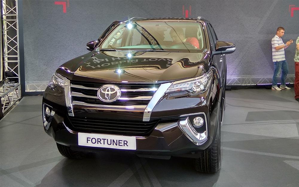 Октябрь 2017 года ознаменуется стартом продаж Toyota Fortuner